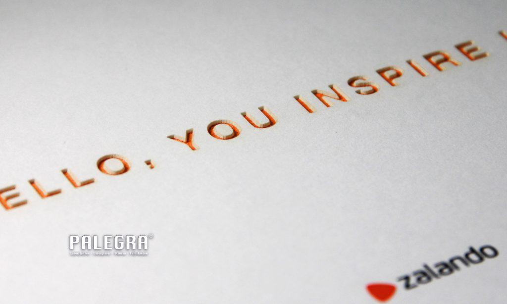 zalando Einladungskarte Lasergravur / Papiergravur. Palegra® veredelt Print.