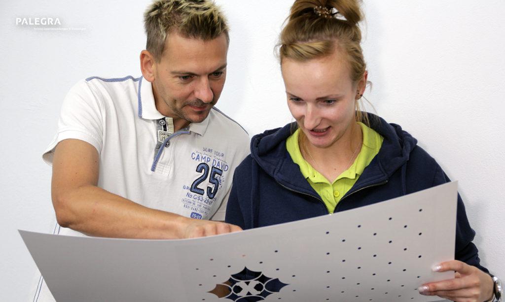 Christian Kanschur und Mitarbeiterin
